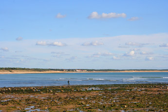 looking towards le Rocher at low tide