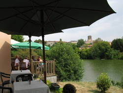 Dining outdoors at the Pic Vert