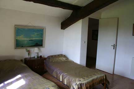 bedroom2b-frene-cottage