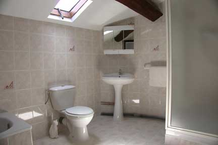 lc ensuite-bathroom