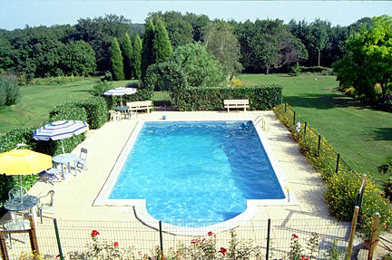 view of outdoor swimming pool at Lagrange gites.