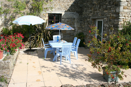 Sapin Cottage Patio, Lagrange Gites,Vendee. France.