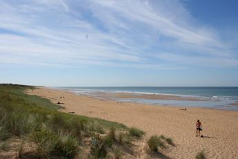 Vendee Beaches | The beach at Les Conches looking back towards La Terriere